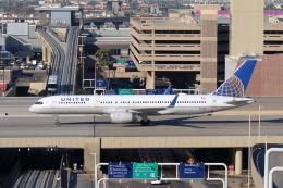 航空フォト:N13138 ユナイテッド航空 757-200