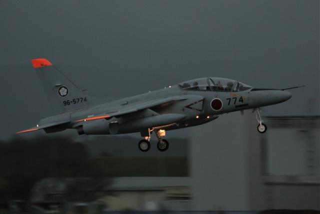 DONKEYさんが、新田原基地で撮影した航空自衛隊 T-4の航空フォト(飛行機 写真・画像)