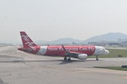 hachiさんが、香港国際空港で撮影したエアアジア A320-216の航空フォト(飛行機 写真・画像)