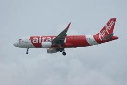 磐城さんが、シンガポール・チャンギ国際空港で撮影したエアアジア A320-216の航空フォト(飛行機 写真・画像)