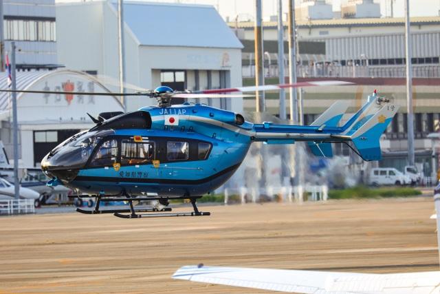 Wasawasa-isaoさんが、名古屋飛行場で撮影した愛知県警察 BK117C-2の航空フォト(飛行機 写真・画像)