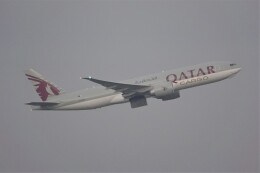 jutenLCFさんが、中部国際空港で撮影したカタール航空カーゴ 777-FDZの航空フォト(飛行機 写真・画像)