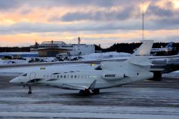 狛犬さんが、ストックホルム・アーランダ空港で撮影したPrivate Falcon 7Xの航空フォト(飛行機 写真・画像)