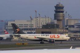 狛犬さんが、チューリッヒ空港で撮影したULS・エアライン・カーゴ A310-308(F)の航空フォト(飛行機 写真・画像)