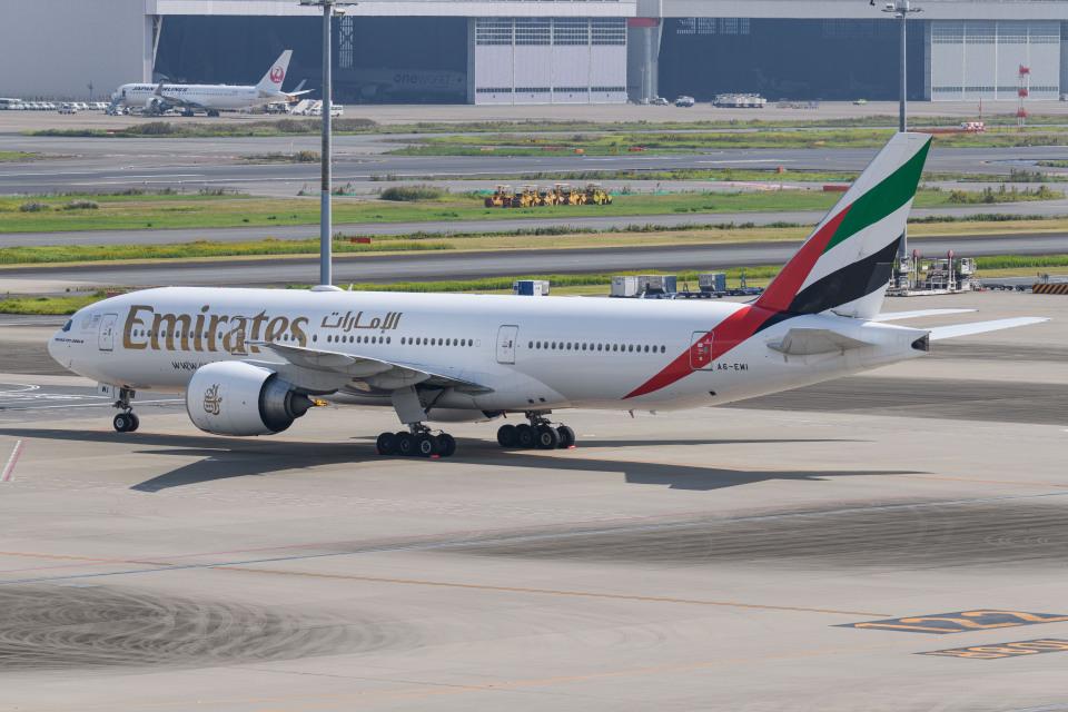 kuraykiさんのエミレーツ航空 Boeing 777-200 (A6-EWI) 航空フォト