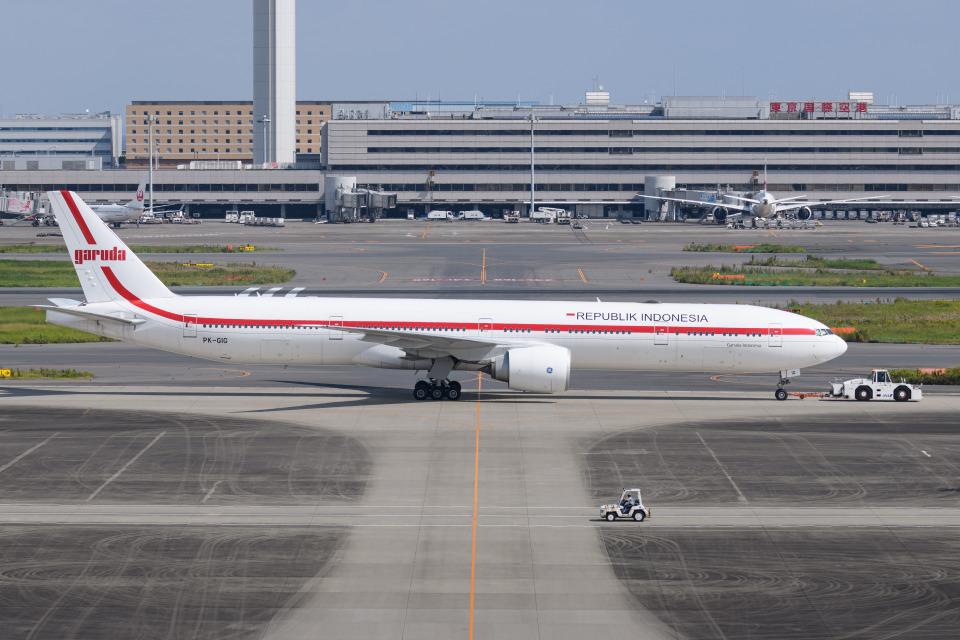 kuraykiさんのインドネシア政府 Boeing 777-300 (PK-GIG) 航空フォト