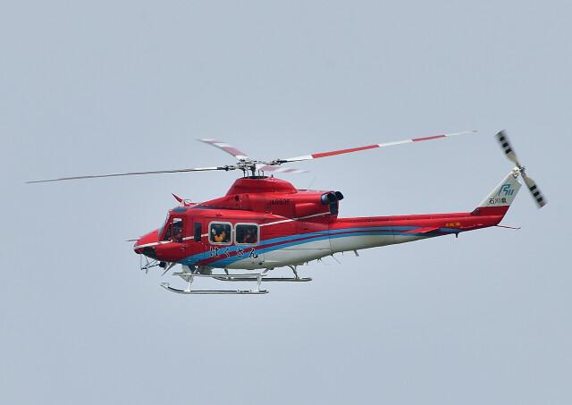 じーく。さんが、小松空港で撮影した石川県消防防災航空隊 412EPの航空フォト(飛行機 写真・画像)