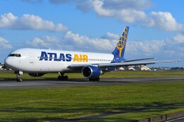 デルタおA330さんが、横田基地で撮影したアトラス航空 767-38E/ERの航空フォト(飛行機 写真・画像)
