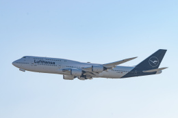 gomaさんが、フランクフルト国際空港で撮影したルフトハンザドイツ航空 747-830の航空フォト(飛行機 写真・画像)