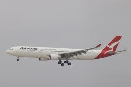 天王寺王子さんが、成田国際空港で撮影したカンタス航空 A330-303の航空フォト(飛行機 写真・画像)