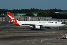 採れたてほしいもさんが、成田国際空港で撮影したカンタス航空 A330-303の航空フォト(飛行機 写真・画像)