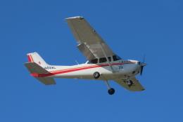F.YUKIHIDEさんが、岡南飛行場で撮影した朝日航空 172S Skyhawk SPの航空フォト(飛行機 写真・画像)