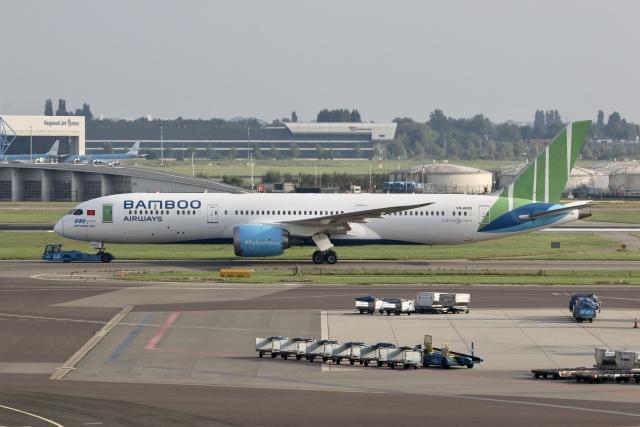 航空フォト:VN-A829 バンブー・エアウェイズ 787-9