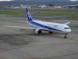 Blue779Aさんが、福岡空港で撮影した全日空 767-381/ERの航空フォト(飛行機 写真・画像)