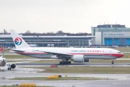 S.Hayashiさんが、アムステルダム・スキポール国際空港で撮影した中国貨運航空 777-F6Nの航空フォト(飛行機 写真・画像)