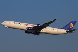 doncyanさんが、成田国際空港で撮影したエジプト航空 A340-212の航空フォト(飛行機 写真・画像)