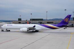 doncyanさんが、チューリッヒ空港で撮影したタイ国際航空 A340-642の航空フォト(飛行機 写真・画像)