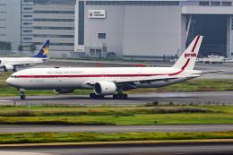 Flankerさんが、羽田空港で撮影したガルーダ・インドネシア航空 777-3U3/ERの航空フォト(飛行機 写真・画像)