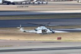 myoumyoさんが、福岡空港で撮影したアメリカ海軍 UH-1Y Venomの航空フォト(飛行機 写真・画像)