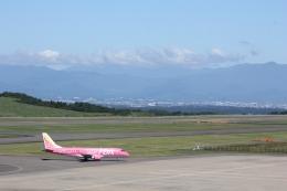 飛行機好きな高校生さんが、福島空港で撮影したフジドリームエアラインズ ERJ-170-200 (ERJ-175STD)の航空フォト(飛行機 写真・画像)