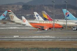 磐城さんが、仁川国際空港で撮影したUエアラインズ A320-231の航空フォト(飛行機 写真・画像)