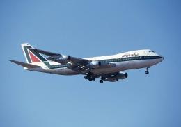 ansett747さんが、成田国際空港で撮影したアリタリア航空 747-230Bの航空フォト(飛行機 写真・画像)
