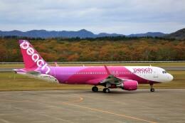 にしやんさんが、釧路空港で撮影したピーチ A320-214の航空フォト(飛行機 写真・画像)