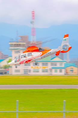 KAMIYA JASDFさんが、札幌飛行場で撮影した北海道防災航空隊 AS365N3 Dauphin 2の航空フォト(飛行機 写真・画像)