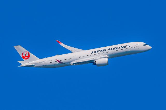 KAMIYA JASDFさんが、新千歳空港で撮影した日本航空 A350-941の航空フォト(飛行機 写真・画像)