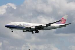 フッ軽の極美さんが、香港国際空港で撮影したチャイナエアライン 747-409の航空フォト(飛行機 写真・画像)