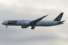 木人さんが、成田国際空港で撮影したLOTポーランド航空 787-9の航空フォト(飛行機 写真・画像)