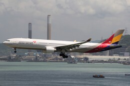 フッ軽の極美さんが、香港国際空港で撮影したアシアナ航空 A330-323Xの航空フォト(飛行機 写真・画像)
