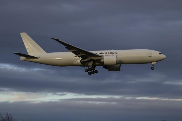 Love NRTさんが、成田国際空港で撮影したルフトハンザ・カーゴ 777-F1Hの航空フォト(飛行機 写真・画像)