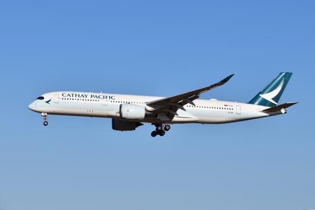 ポン太さんが、成田国際空港で撮影したキャセイパシフィック航空 A350-941の航空フォト(飛行機 写真・画像)