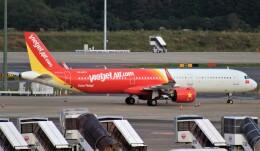 Rsaさんが、成田国際空港で撮影したベトジェットエア A321-271Nの航空フォト(飛行機 写真・画像)
