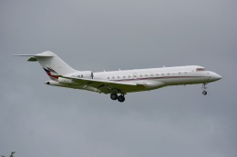 amarumeさんが、成田国際空港で撮影したNetJets Europe BD-700-1A10 Global 6000の航空フォト(飛行機 写真・画像)