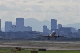 mild lifeさんが、伊丹空港で撮影したジェイエア ERJ-170-100 (ERJ-170STD)の航空フォト(飛行機 写真・画像)