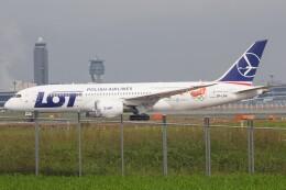 walker2000さんが、成田国際空港で撮影したLOTポーランド航空 787-8 Dreamlinerの航空フォト(飛行機 写真・画像)