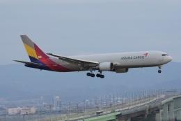 磐城さんが、関西国際空港で撮影したアシアナ航空 767-38EF/ERの航空フォト(飛行機 写真・画像)