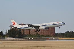 ポン太さんが、成田国際空港で撮影した中国東方航空 A330-343Xの航空フォト(飛行機 写真・画像)