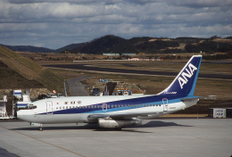 JAパイロットさんが、岡山空港で撮影した全日空 737-281/Advの航空フォト(飛行機 写真・画像)