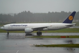 SFJ_capさんが、成田国際空港で撮影したルフトハンザ・カーゴ 777-FBTの航空フォト(飛行機 写真・画像)