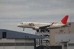 ふじいあきらさんが、伊丹空港で撮影したジェイ・エア ERJ-170-100 (ERJ-170STD)の航空フォト(飛行機 写真・画像)