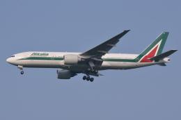 Deepさんが、成田国際空港で撮影したアリタリア航空 777-243/ERの航空フォト(飛行機 写真・画像)