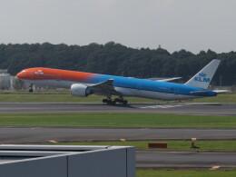 中須 無敵級*トプナン王さんが、成田国際空港で撮影したKLMオランダ航空 777-306/ERの航空フォト(飛行機 写真・画像)