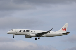 Fly Yokotayaさんが、伊丹空港で撮影したジェイエア ERJ-190-100(ERJ-190STD)の航空フォト(飛行機 写真・画像)