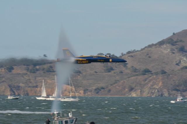 小弦さんが、Fleet Week 2021で撮影したアメリカ海軍 F/A-18E Super Hornetの航空フォト(飛行機 写真・画像)