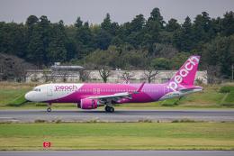 ゆーすきんさんが、成田国際空港で撮影したピーチ A320-214の航空フォト(飛行機 写真・画像)