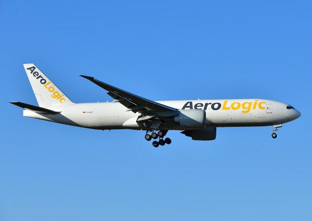 じーく。さんが、成田国際空港で撮影したアエロ・ロジック 777-FZNの航空フォト(飛行機 写真・画像)