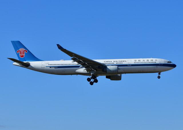 じーく。さんが、成田国際空港で撮影した中国南方航空 A330-323Xの航空フォト(飛行機 写真・画像)